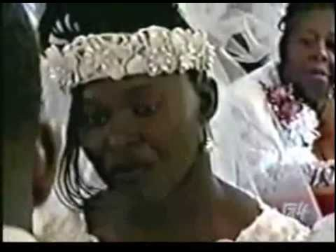 Ex-girlfriend Turns A Wedding Ceremony INTO A BRUTAL FIGHT