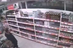 Dumb thief of the year
