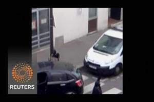 Video shows Charlie Hebdo gunmen in police shootout
