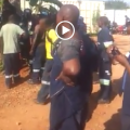 Mozambicans peacefully send South Africans packing