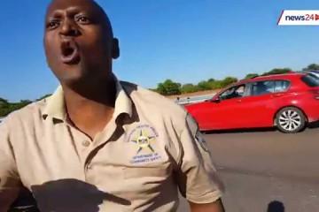 WATCH: SA cop shoves motorist during roadside altercation