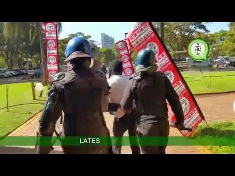 Police brutality caught on camera at protest against VP Mphoko hotel stay