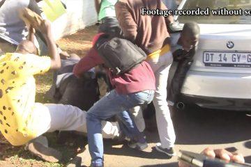 'Mugabe agent' beaten with bricks during Zim march in Pretoria #ThisFlag #Tajamuka