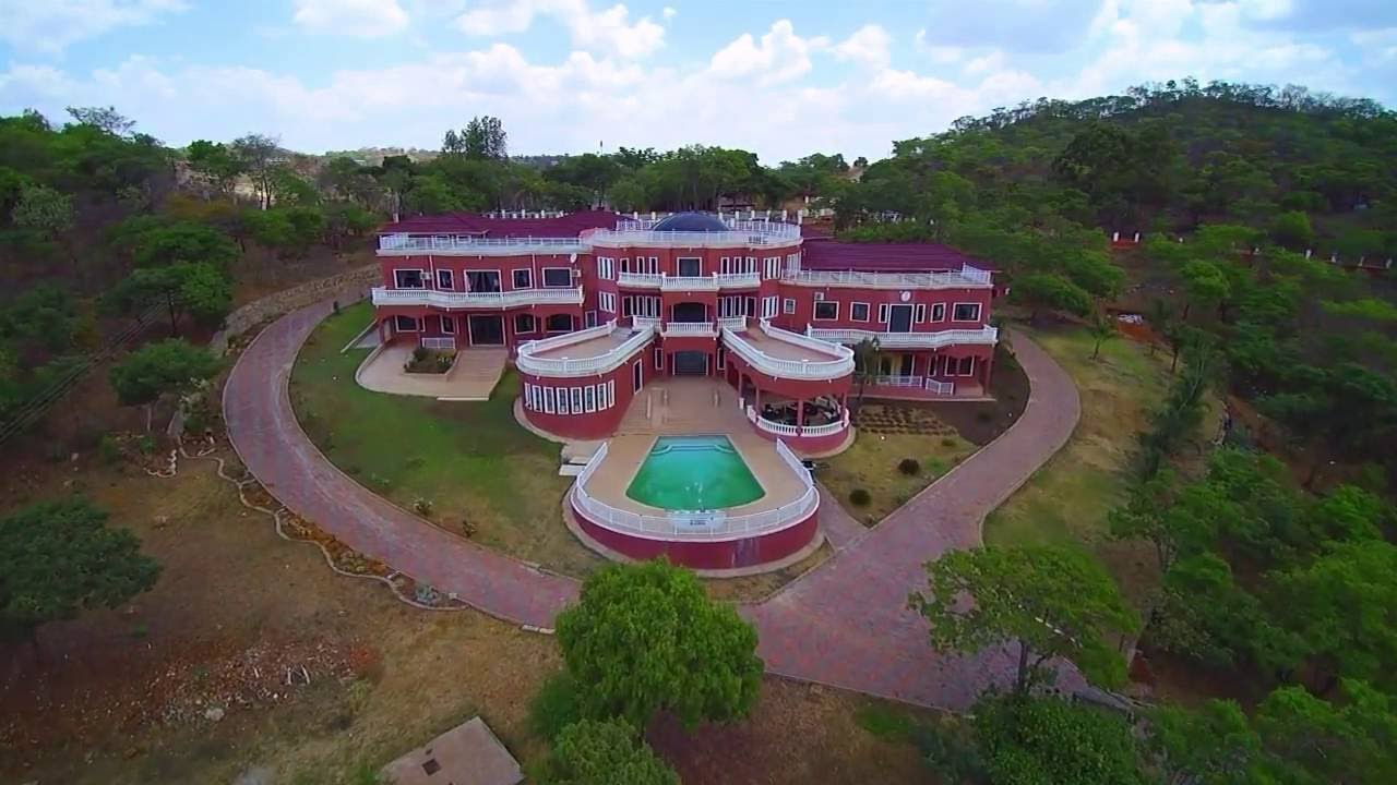 Check out this mansion in harare video nehanda tv for Best house designs in zimbabwe